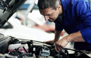 Online automotive mechanics program