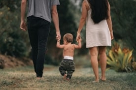parents & child walking