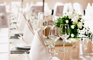 Become a wedding planner online